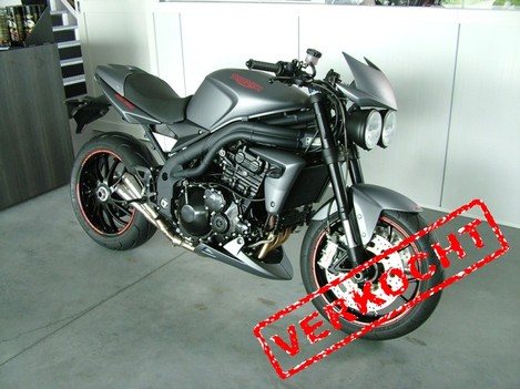 "Triumph speed triple 1050 ""special edition"""