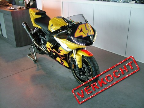 "Yamaha R6, limited edition ""Valentino rossi edition"""